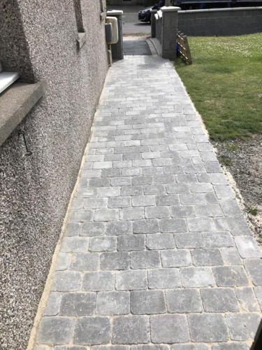 Gairnshiel Avenue - Lockblock Path
